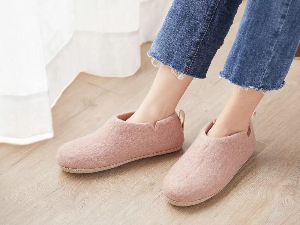 一双温暖、不捂汗、穿不臭的羊毛家居鞋