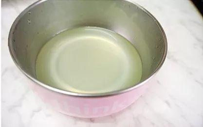 科学育儿   宝宝止咳就靠它!神奇洋葱水做法超简单,0厨艺也能做