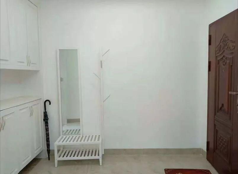 134平精装修新房,住了一年,打算以四千五价位出租,看看怎么样